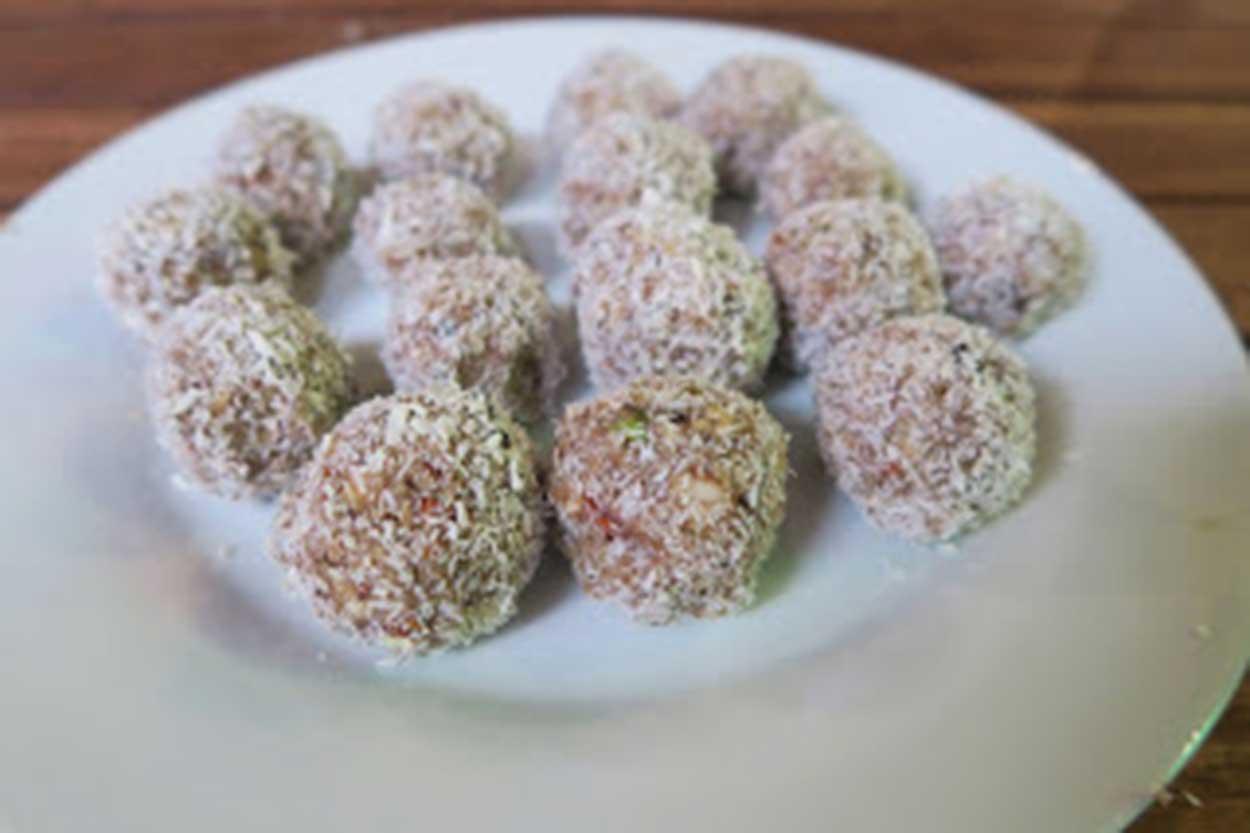 3b-retreat-recipes-vegan-energy-balls